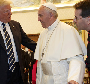 President Donald Trump meets with Pope Francis. REUTERS/Evan Vucci
