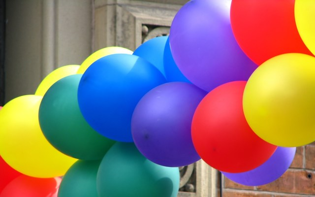 A picture of balloons.