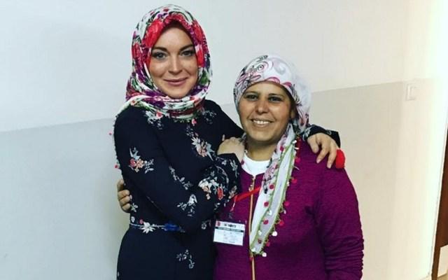 Lindsay Lohan and Turkish aid worker