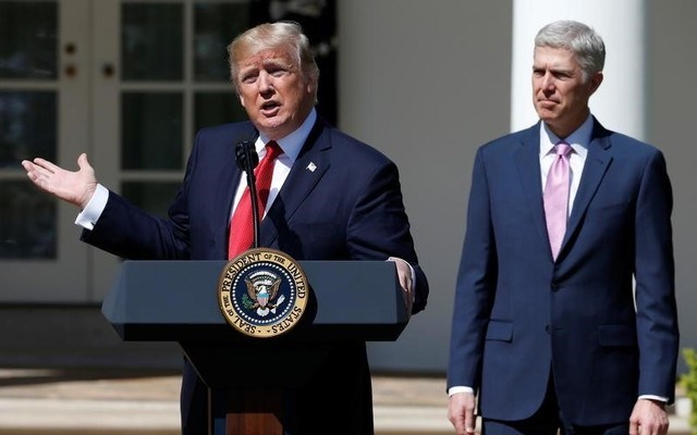 President Donald Trump speaking before the swearing in of Judge Neil Gorsuch as an Associate Supreme Court Justice. REUTERS/Joshua Roberts