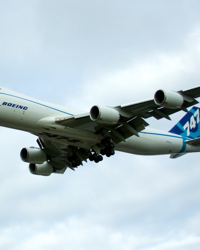 Boeing airliner