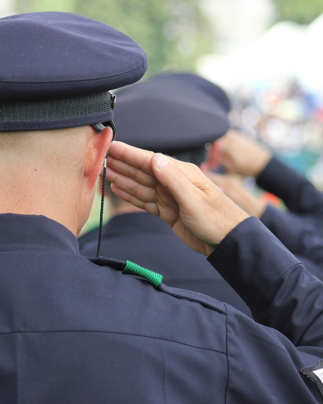 Texas police salute