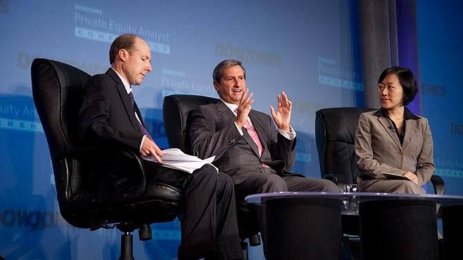 Richard Friedman of Goldman Sachs (center)