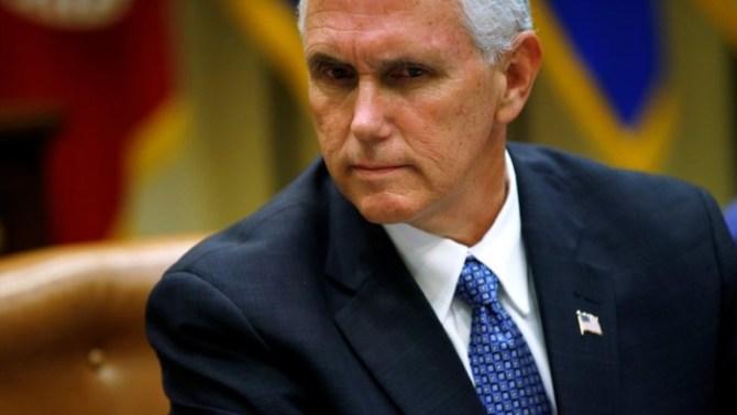 Senate Republicans scramble to save GOP health care bill
