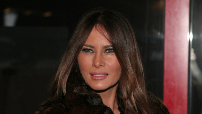 Melania Trump's dress on New Year's Eve sparked controversy in ...